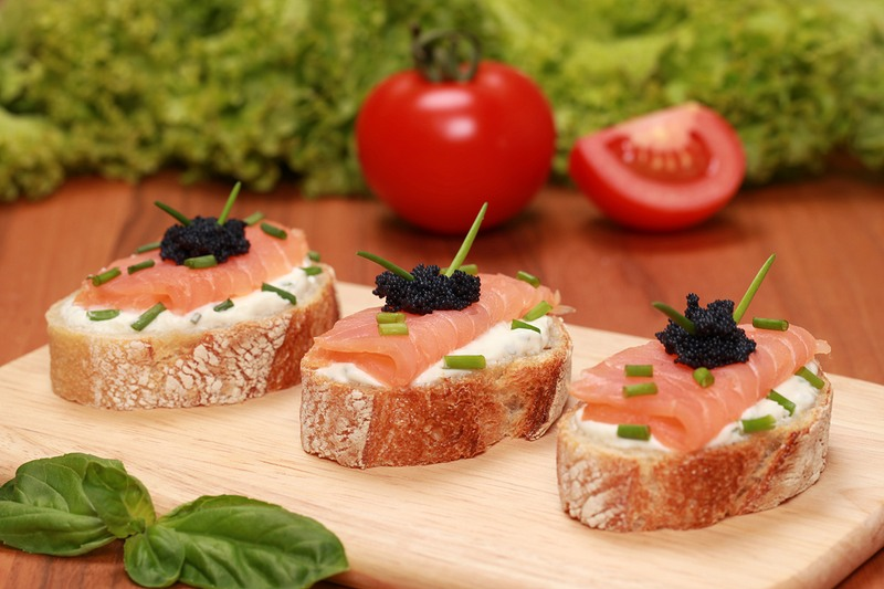 photodune-10966362-fingerfood-with-smoked-salmon-xxl